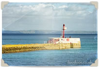 Postcard Banjo Pier in Looe sm