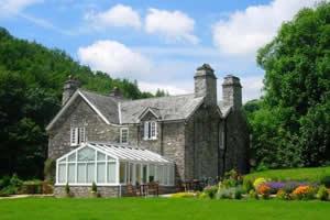 Polraen Country House