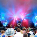 LMF2014_ChrisHalls_Crowns_MainStageBeach_1