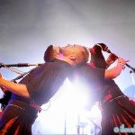 LMF2014_ChrisHalls_RedHotChilliPipers_MainStageBeach_10